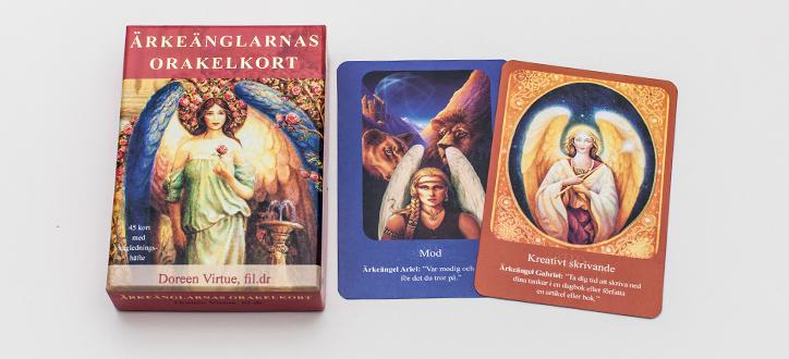 Ärkeänglarnas orakelkort  av Doreen Virtue