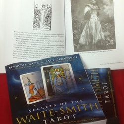 Secrets of the Waite-Smith Tarot - The True Story of the World's Most Popular Tarot by Marcus Katz, Tali Goodwin