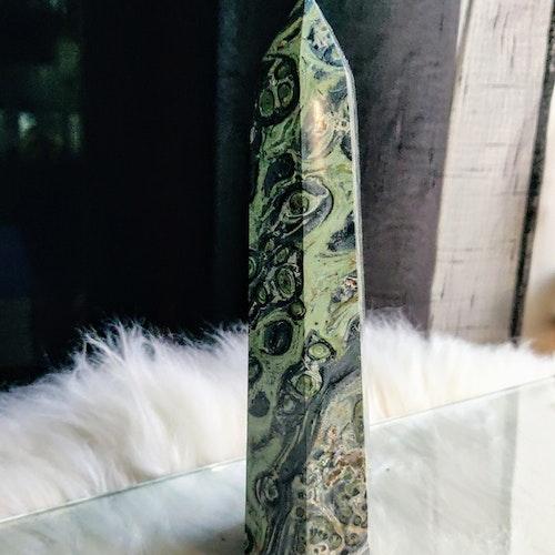 500 gram Malakit obelisk kristall