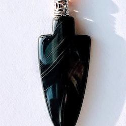 Pilspets i svart onyx