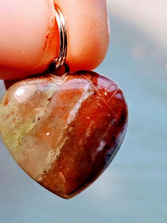 Pendel med hjärta, 3 typer av röda och gröna färger