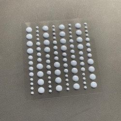 SBA005Enamel dots Ljus blå