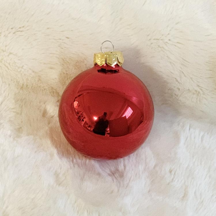 Julkula 8 cm, röd glans • Namntryck
