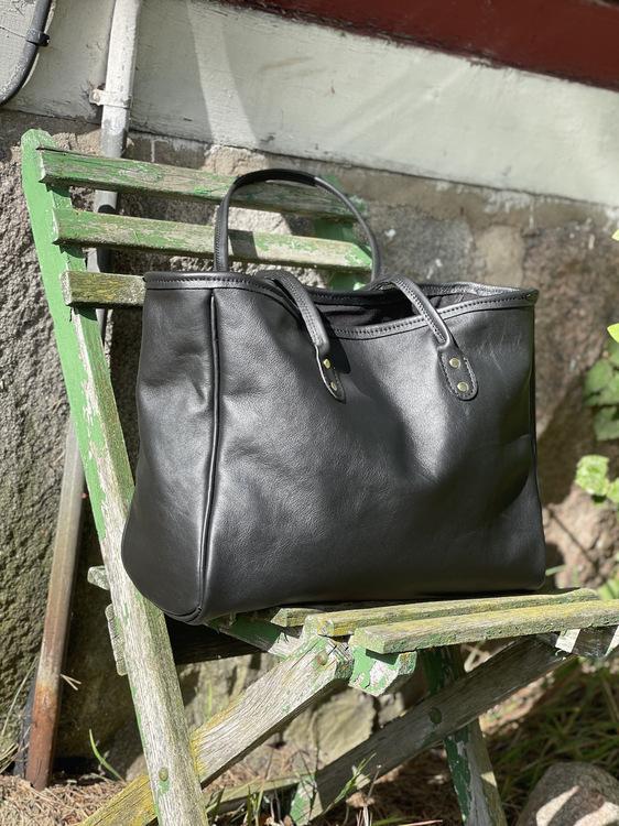 Tote väska i läder