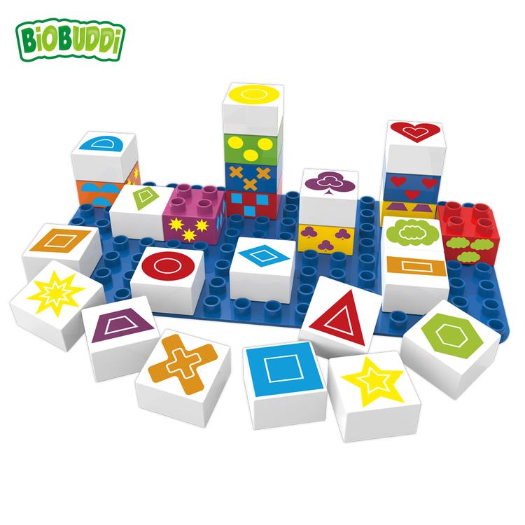 Nedbrytbara byggklossar med geometriska symboler (Biobuddi)