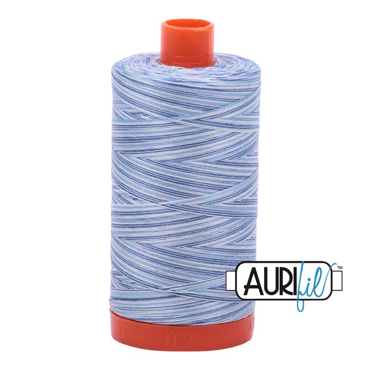 Aurifil - 4655/50 Storm at Sea   flerfarget blå