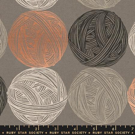 Purl Linen Wool- brun med garnnøster
