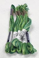 Farge 8022-Cosmo Seasons Variegated Embroidery Floss Greens