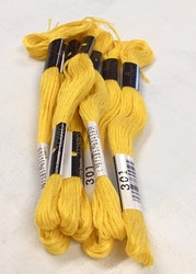 Farge 301-Cosmo Cotton Embroidery Floss 8m Skein Vivid