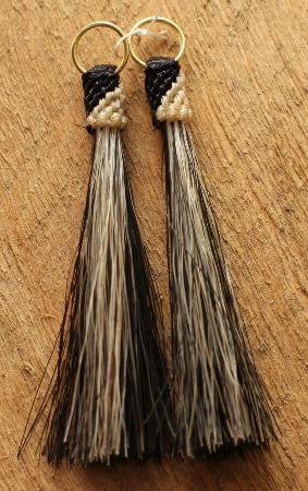 Horse Hair Western Tassel- Black/White