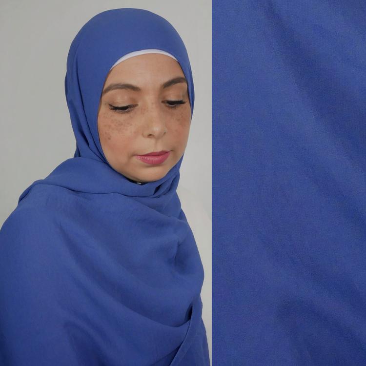 Jazz hijab i räfflande chiffong. Hijab i färgen blå