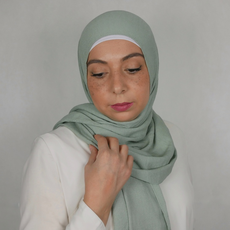Mio jazz hijab. En blandning av mjukt tyg i färgen mint