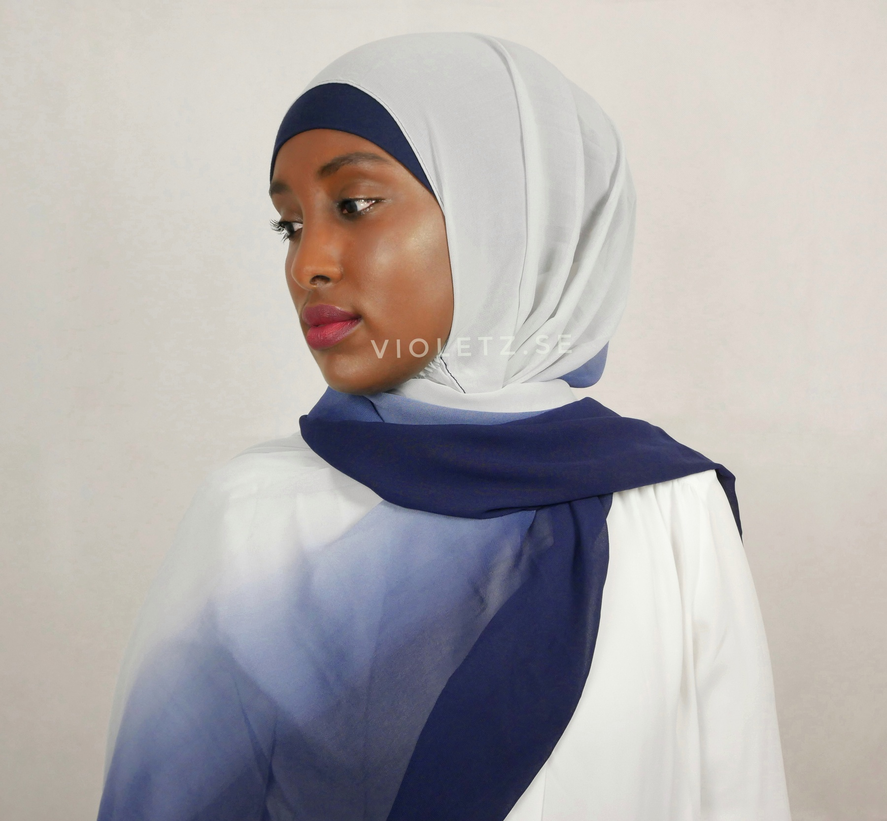 Instant Chiffong hijab med undersjal - ombré sky