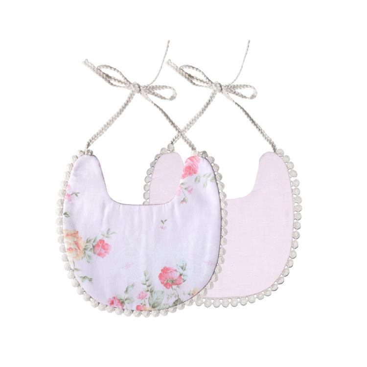 Haklapp / Dregglis - Blommigt vit och gräddvit med pompoms