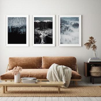 Poster/Konsttryck - Vattenfall i Skog