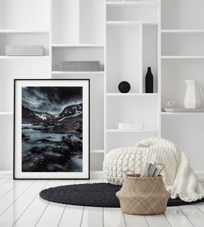 Poster Vatten Bland Berg