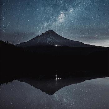 Poster/Konsttryck - Spegelbild i natten