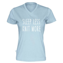 Sleep less knit more v-hals t-skjorte dame