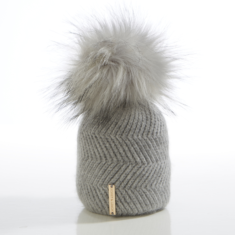 Newborn beanie -  Cloudy Single Pompom (0-6m/o)