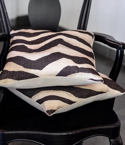Terranea Zebra Kuddfodral Svart med linnebaksida