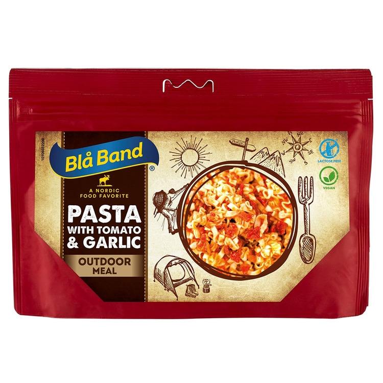 Pasta med tomat och vitlök