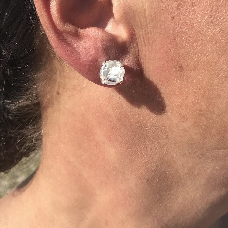 Earrings CLAW with Crystal quartz