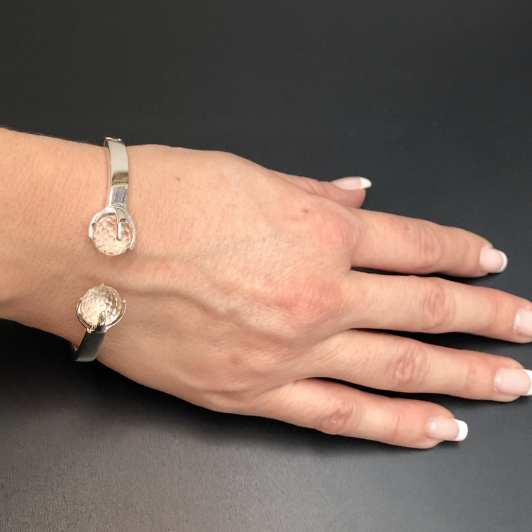 Bracelet CLAW with crystal quartz