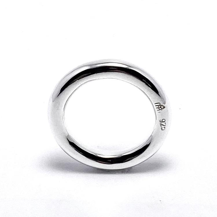 slät enkel silverring. smooth simple silver ring