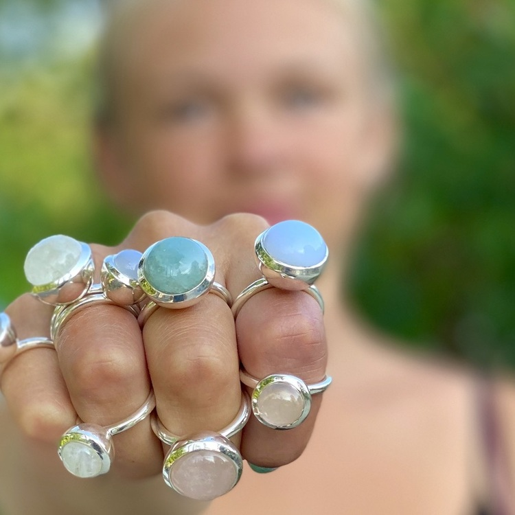 Silversmycken med naturliga stenar, mix and match. Silver jewellery with natural stones, mix and match.