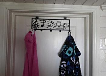 Dörrhängare med 5 krokar, för exempelvis kläder.