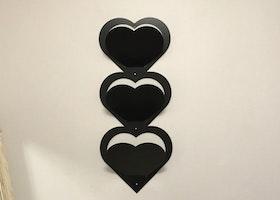 Brevställ för väggmontage, Hjärtformat