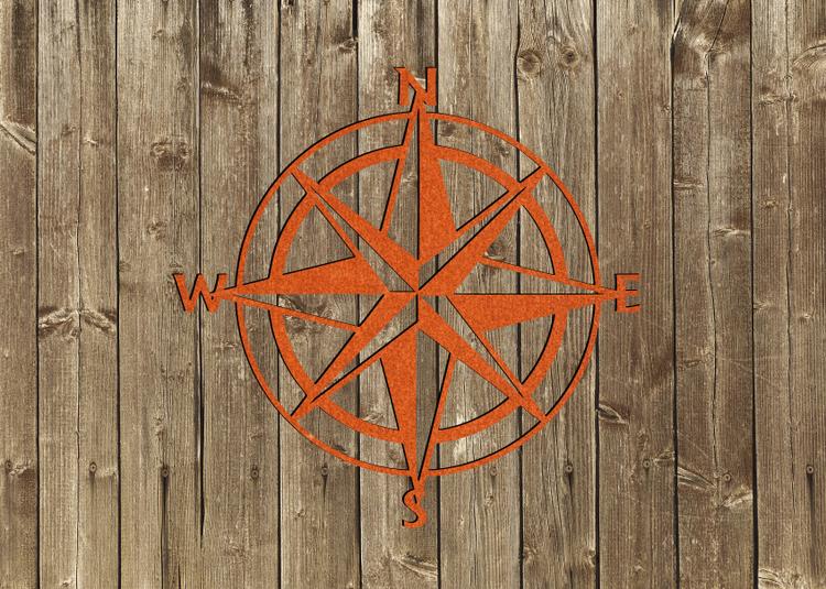 Dekoration väggkompass i cortenplåt.