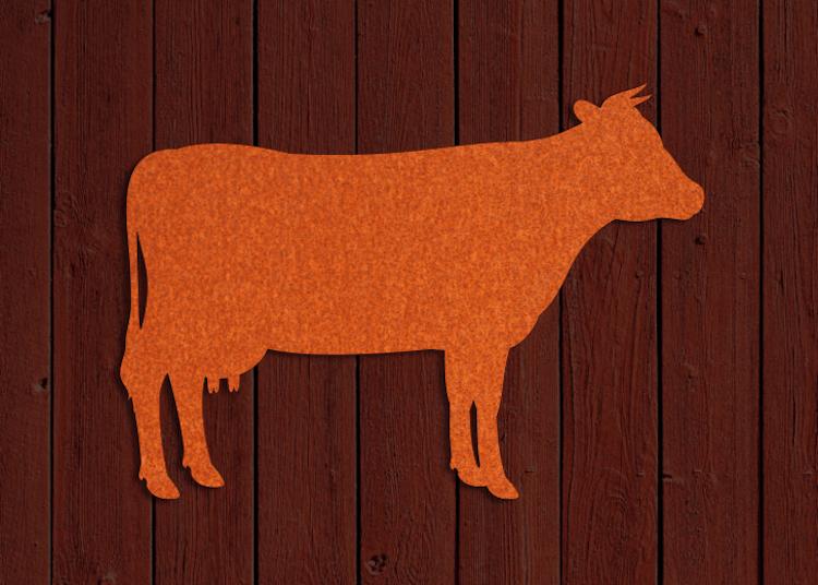 Siluett av ko skuren i cortenstål.