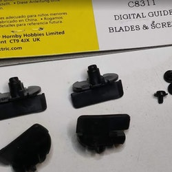 Scalextric C8311- Digital Guide Blade & screws (4x)