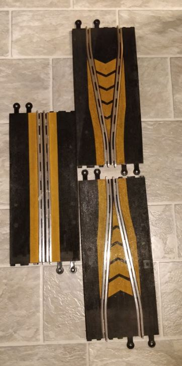 Scalextric Classic -  Chikan 3 pieces with yellow markings (3 x 350 mm)