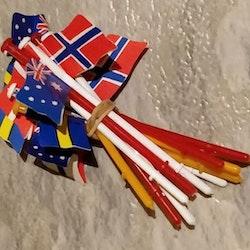 Scalextric - Flaggset till Staket -  färgade (12 st flaggor med flaggstång)