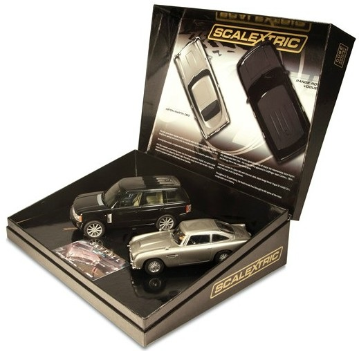Scalextric - James Bond 007 Skyfall Twinpack Limited Edition (display box)