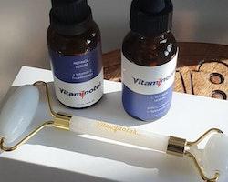 Serumkit: C-Vitamin- och Retinolserum inklusive Stenroller