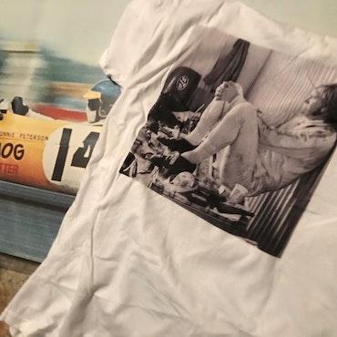 Exklusiv T-shirt med Ronnie-motiv från Ontario 1971