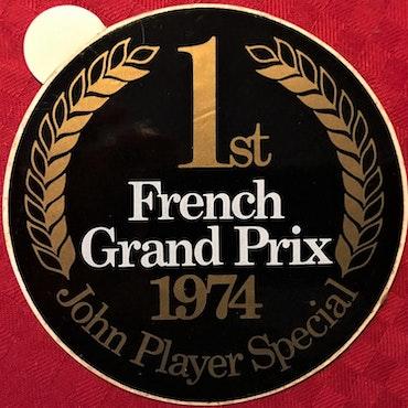 74 - Ronnievinst i Frankrikes GP - JPS-Lotus originaldekal - 11cm dia