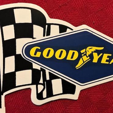 70-tals Grand Prix-dekal från Goodyear - format 70 x 100 mm