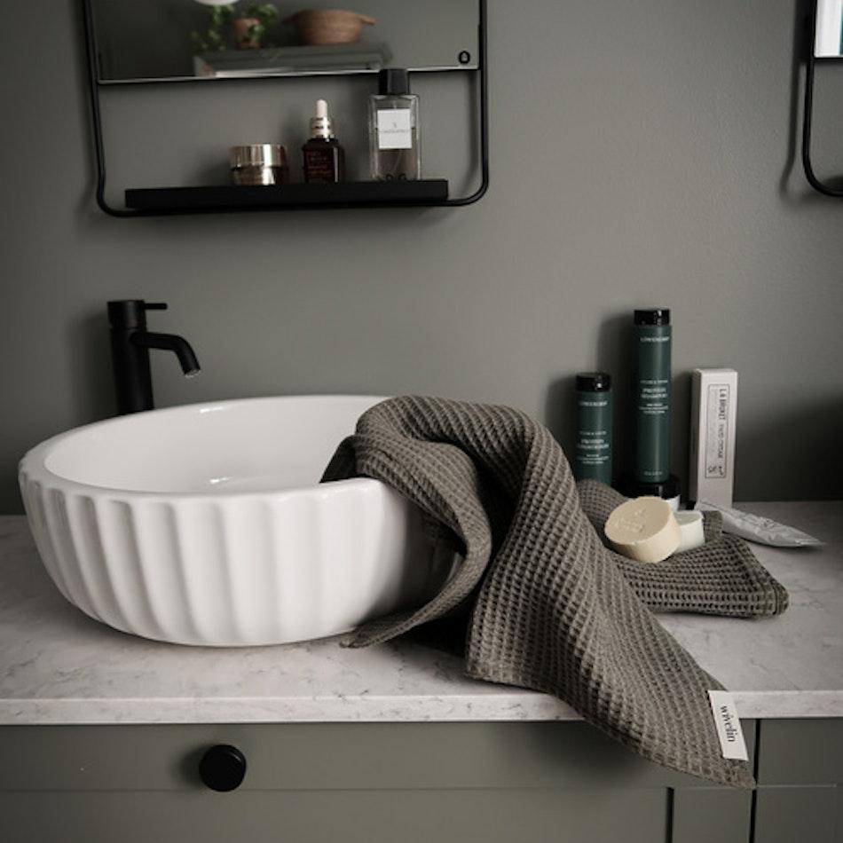 Våfflad handduk - Granatäpple & järn