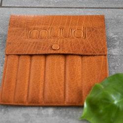 Muud Oslo Whisky - brunt stickfodral i läder