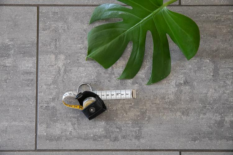 Muud Malmö Black - svart måttbandsfodral i läder
