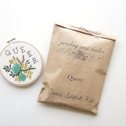 Junebug and Darlin - Broderikit Tavla - Queer