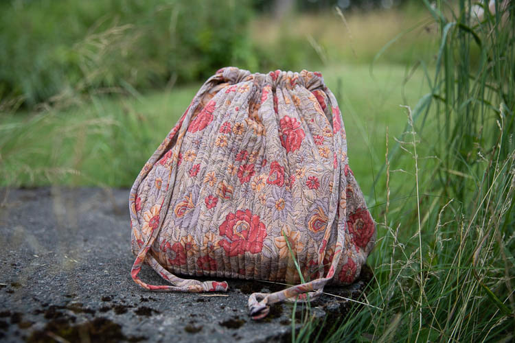 Relove and Roses Luna bag - unik projektväska #1