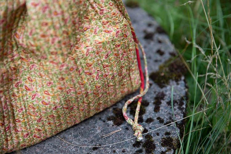 Relove and Roses Luna bag - unik projektväska #3