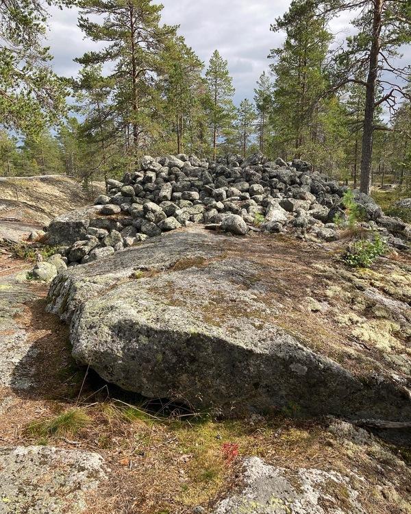 UPPLEV ARKEOLOGSTIGEN- GEMENSAM VANDRING OCH TOPPTUR