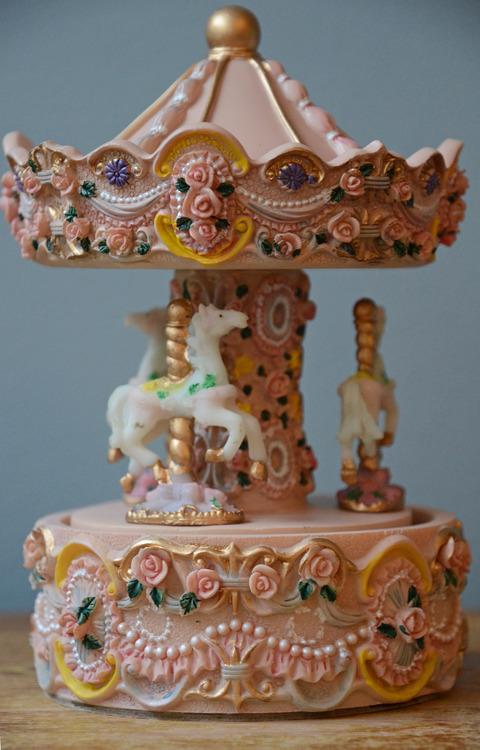 Liten karusell pastell