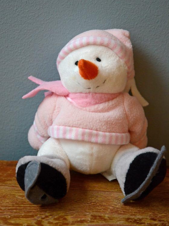 Snögubbe skallra rosa